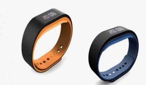 Lenovo презентовала умный браслет SW B100