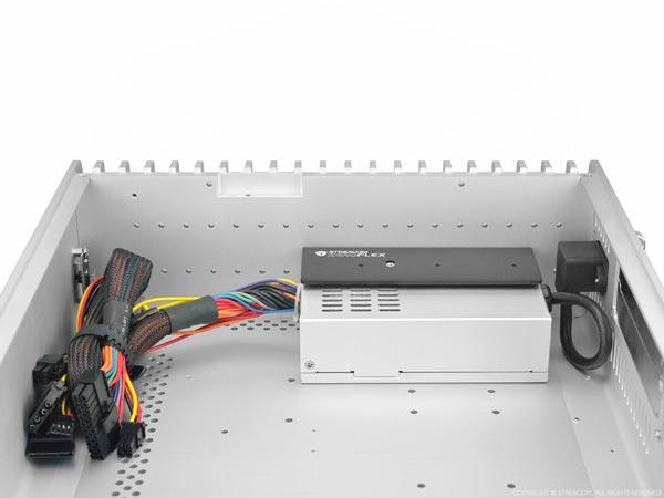 Блок питания Streacom ZF240 совместим с корпусами Streacom FC5 Evo, FC9 и FC10