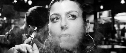 Электронные сигареты не менее вредны, нежели обычные,   доказано врачами
