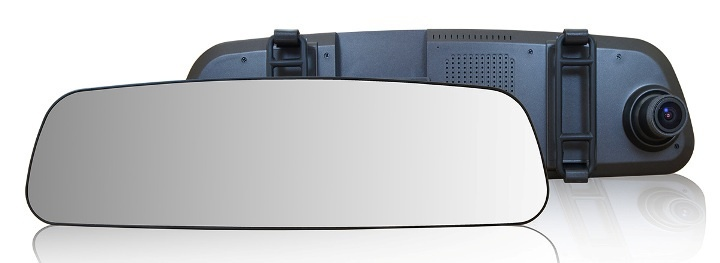 TrendVision MR-710GP: лучший видеорегистратор-зеркало 2015 года - 1