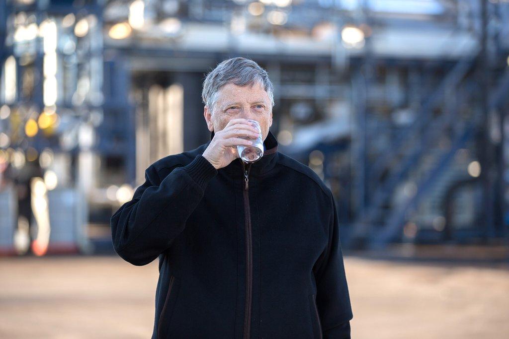 Билл Гейтс хочет помочь перерабатывать канализационный сток - 1