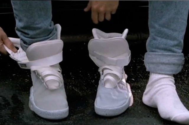 Nike официально подтвердила выпуск самозашнуровывающихся кроссовок - 1