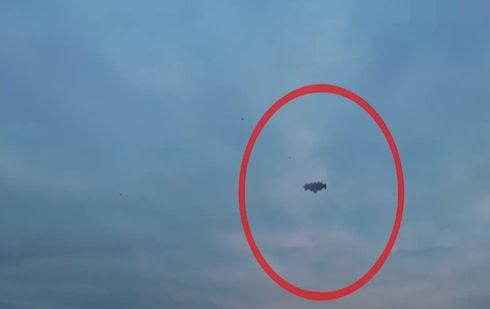 НЛО разрядил смартфон американца (видео)