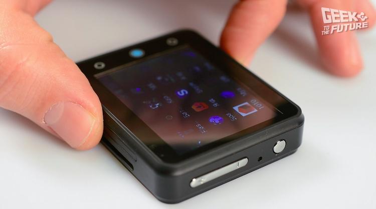 Neptune Pine: смартфон, надевающийся на руку - 16