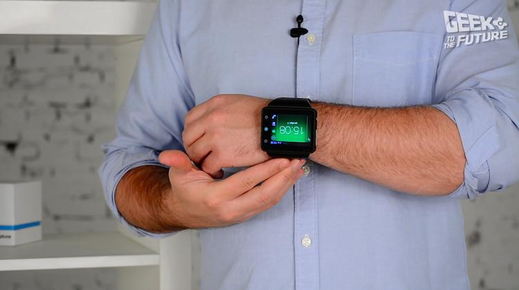 Neptune Pine: смартфон, надевающийся на руку - 2