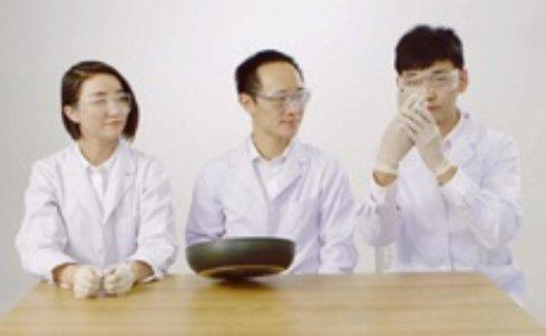 С помощью сковородки из iPhone 6 можно сделать Mi Note (видео)
