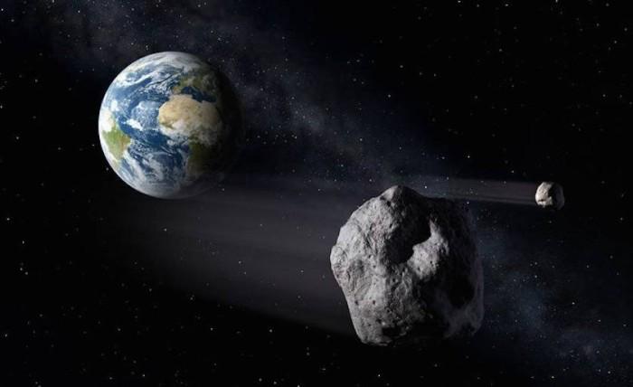 У пролетающего мимо Земли астероида обнаружен мини-спутник - 1