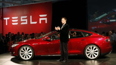 Tesla   разгон до 97 километров в час за 2,8 секунды