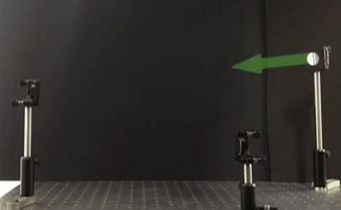 Лазерный луч впервые засняли в полете (ВИДЕО)