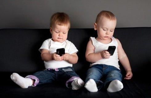 Доказано негативное влияние смартфонов на развитие детей