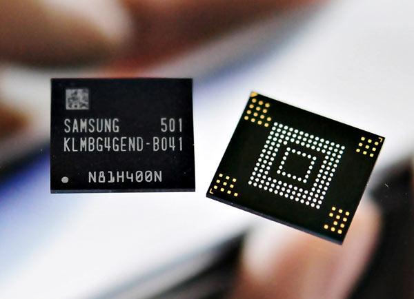 В модуле ePoP интегрирована память DRAM, eMMC и контроллер