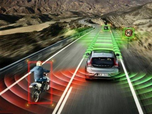 Volvo разрабатывает «самозаправляющийся» автомобиль