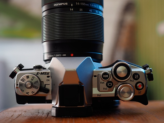 Olympus представила камеру с уклоном в съемку видео и возможностью делать снимки до 64 Мпикс - 5