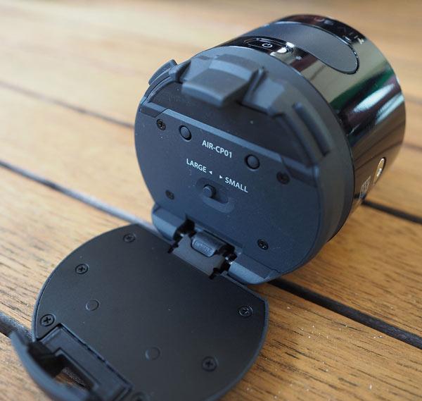 Olympus Air — камера, присоединяемая к смартфону и рассчитанная на объективы системы Micro Four Thirds