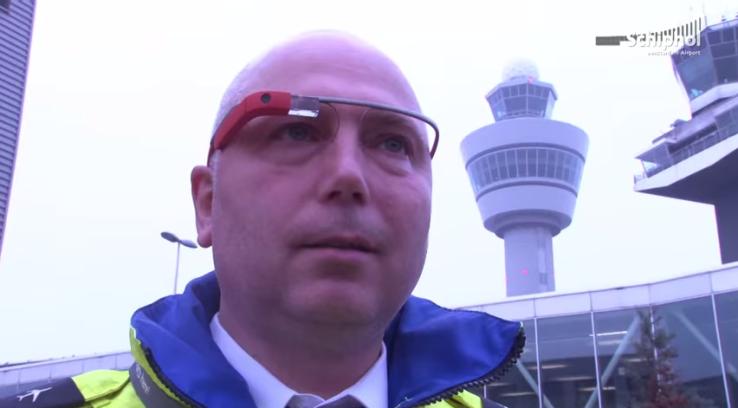 Google Glass используют для работы техники аэропорта Схипхол, Амстердам - 1