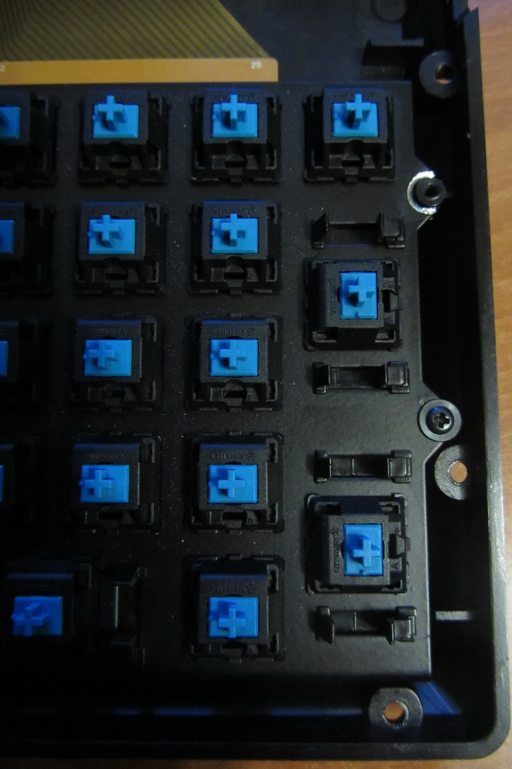 Обзор и разбор клавиатуры Das Keyboard 4 Professional Clicky - 30