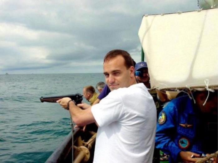Российские космонавты отказываются брать пистолеты на орбиту - 4