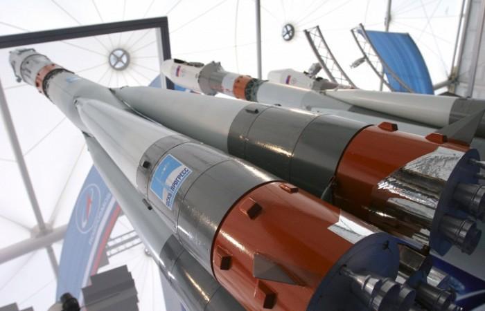 Роскосмос рассмотрит проекты сверхтяжёлой ракеты - 1
