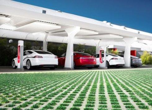Tesla готовит к выпуску новые типы батарей для дома