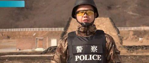 Китайский спецназ расстрелял смартфон Xiaomi Mi Note (ВИДЕО)