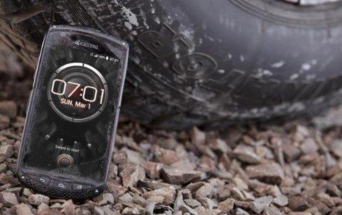 В Японии выпустили сверхзащищенный смартфон без разговорного динамика