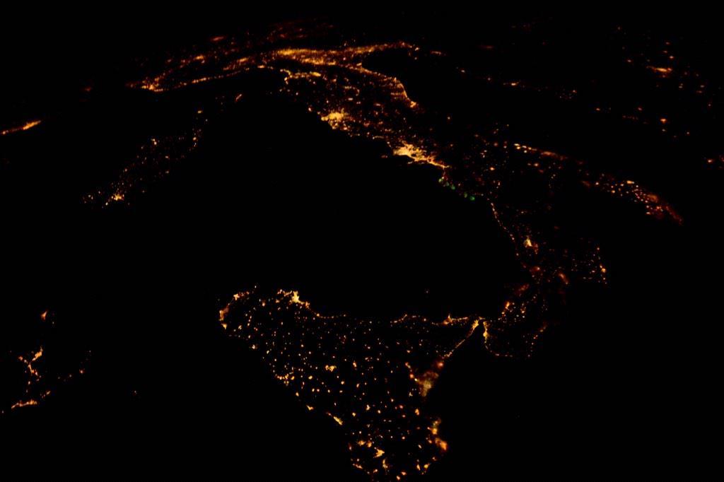 Фотографии Земли с МКС от космонавта Терри Вертса - 6