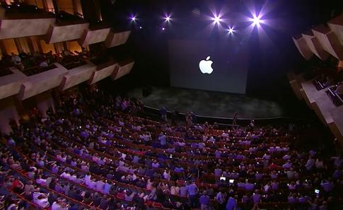 Стив Джобс представляет iPhone 6 и Apple Watch - 10
