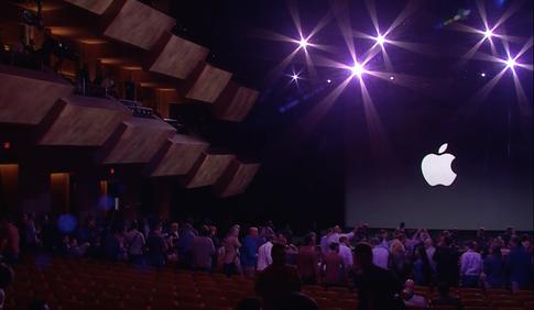 Стив Джобс представляет iPhone 6 и Apple Watch - 43