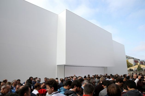 Стив Джобс представляет iPhone 6 и Apple Watch - 8
