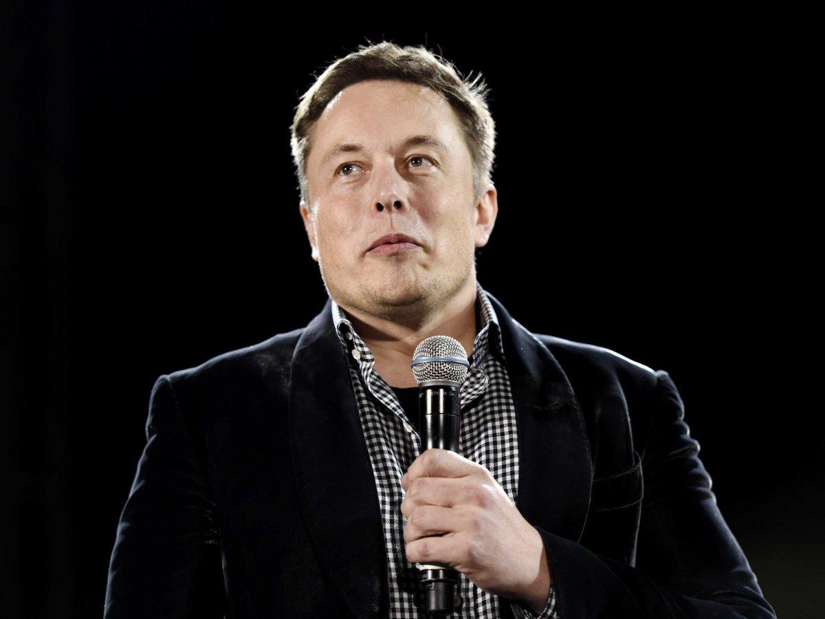 Илон Маск напишет книгу о Марсе и Земле за 3,5 миллиона долларов США - 1
