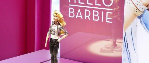 Куклу Барби подключили к интернету