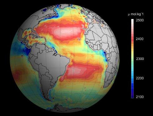 Пробы земной воды стали брать из космоса