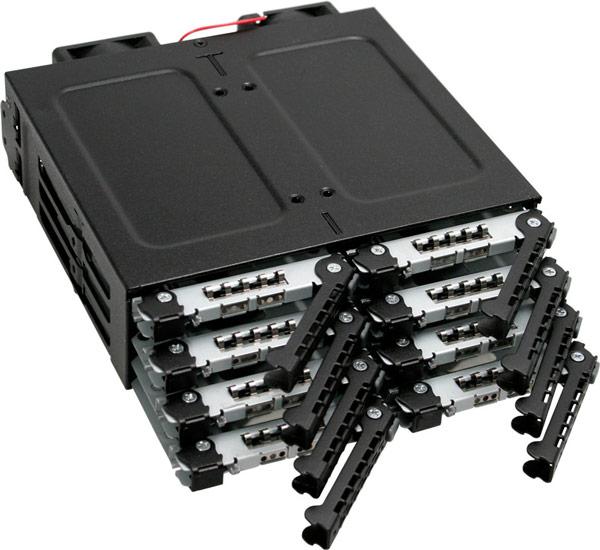 В Icy Dock ToughArmor M998SP-B можно устанавливать SSD и HDD высотой не более 7 мм, оснащенные интерфейсом SATA