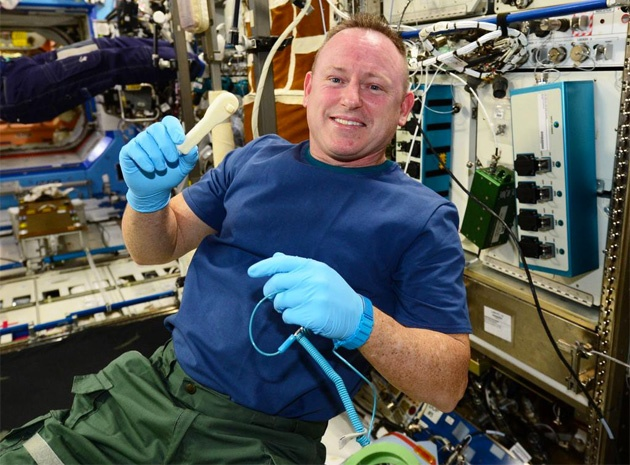 Инструменты, отпечатанные космонавтами МКС на 3D-принтере, вернулись на Землю для проверки качества - 1