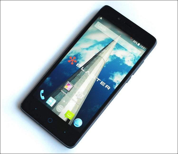 Just5 Blaster: антикризисный смартфон с отнюдь не бюджетной начинкой - 1