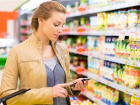 Как потребители используют мобильные телефоны в традиционных магазинах?