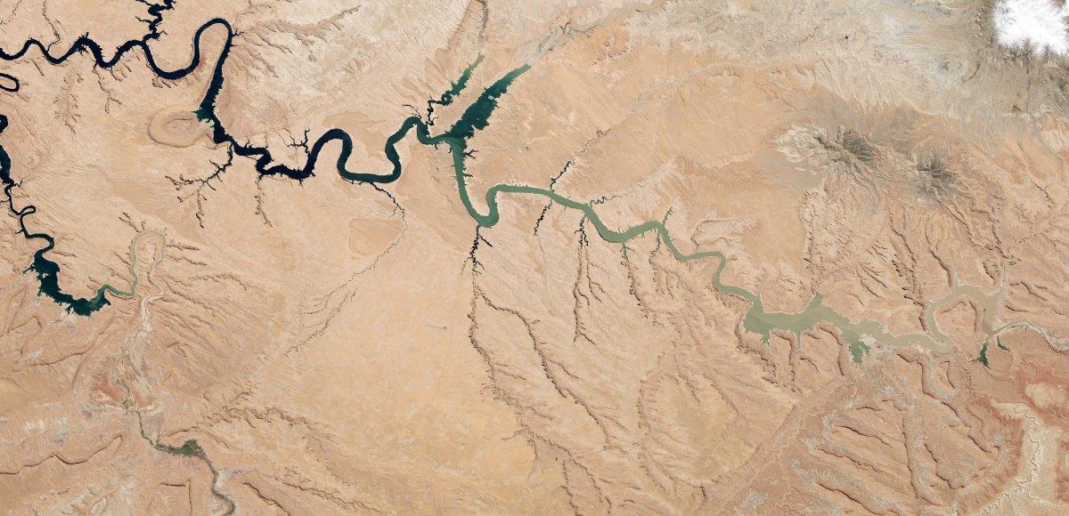 Рекурсивная фотография от NASA: остров в озере на острове в озере на острове - 4