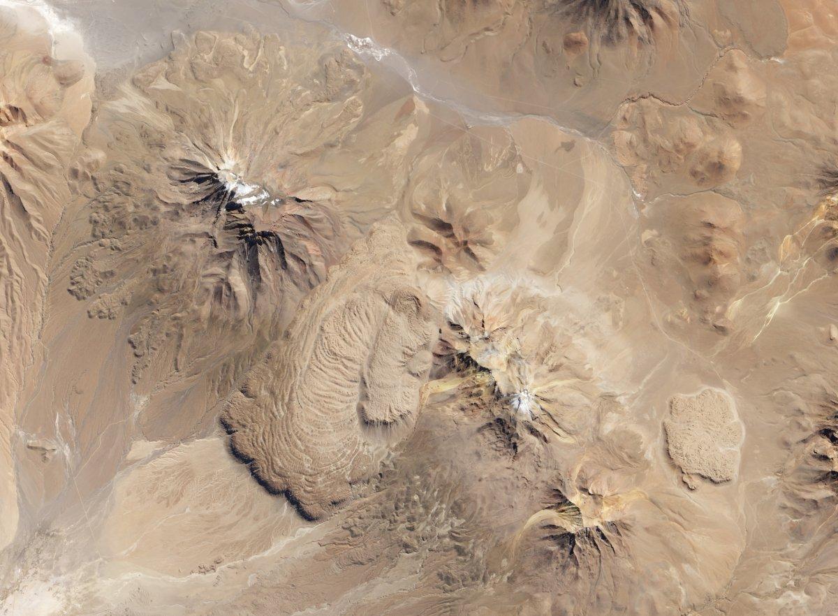 Рекурсивная фотография от NASA: остров в озере на острове в озере на острове - 5