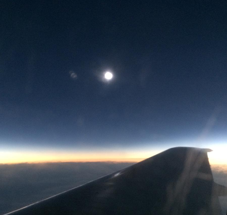 Солнечное затмение с воздуха и из космоса - 22