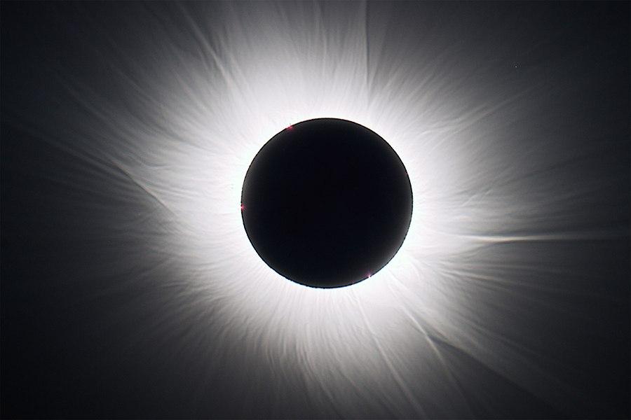 Солнечное затмение с воздуха и из космоса - 27