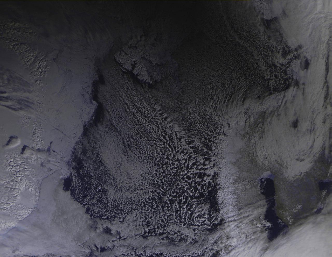 Солнечное затмение с воздуха и из космоса - 38