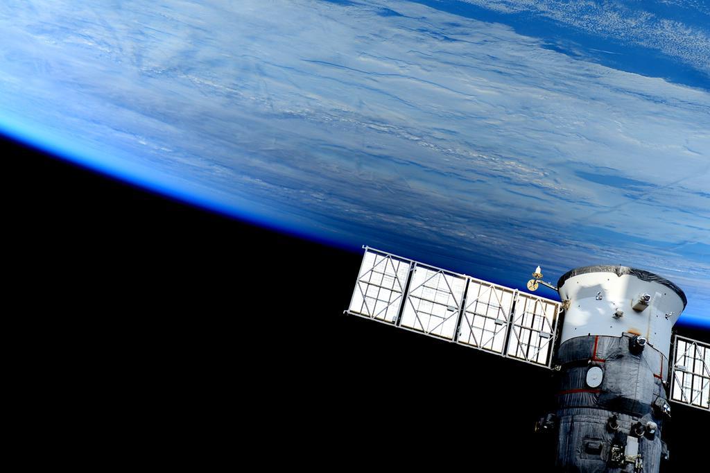 Солнечное затмение с воздуха и из космоса - 41