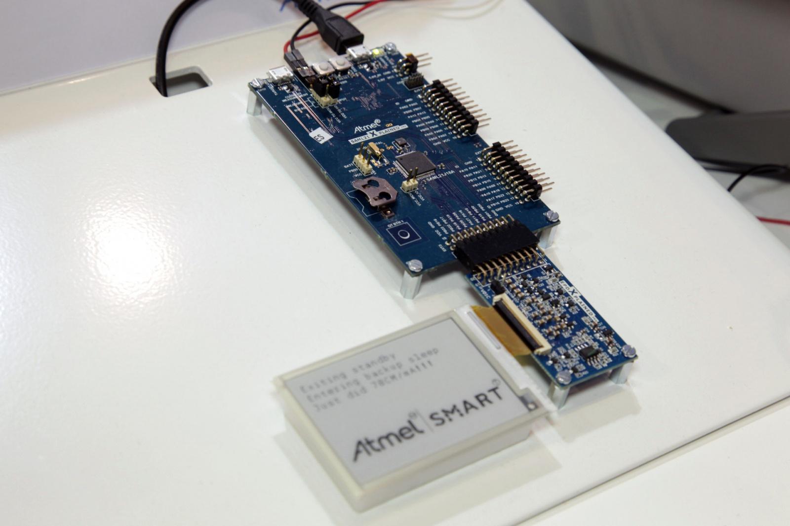 Новый чип от Atmel может работать от одной зарядки «десятилетиями» - 1