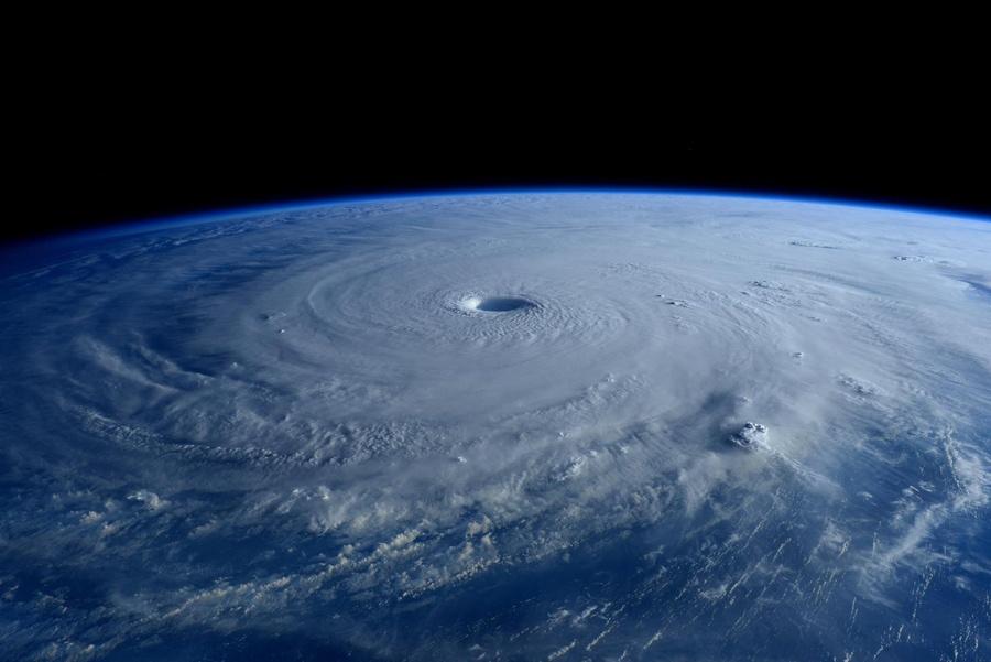 Тайфун Майсак: смотрим из космоса - 4