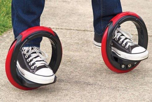 Скейтборд скрестили с роликовыми коньками и вот что получилось
