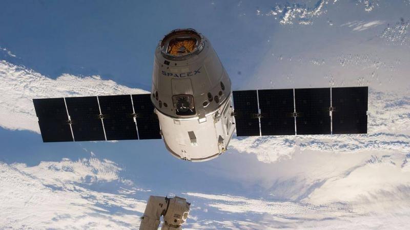 SpaceX вновь попробует посадить первую ступень Falcon-9 - 1