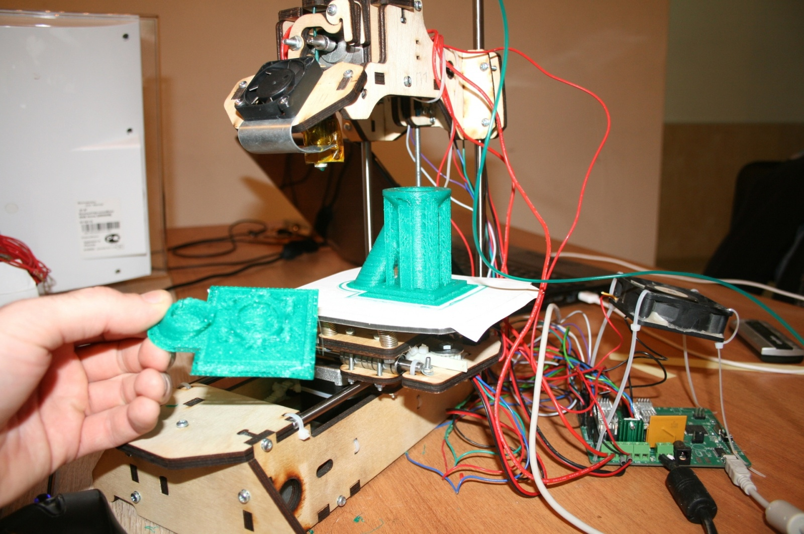 Самостоятельная сборка 3d-принтера или покупка готового оборудования для конструирования. 3d-печать. Часть 3 - 12