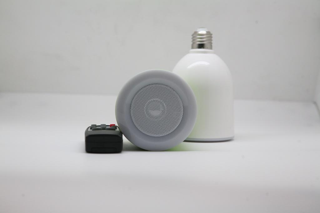 Светлый «ламповый» пост: подборка умных ламп и набор моих впечатлений - 8