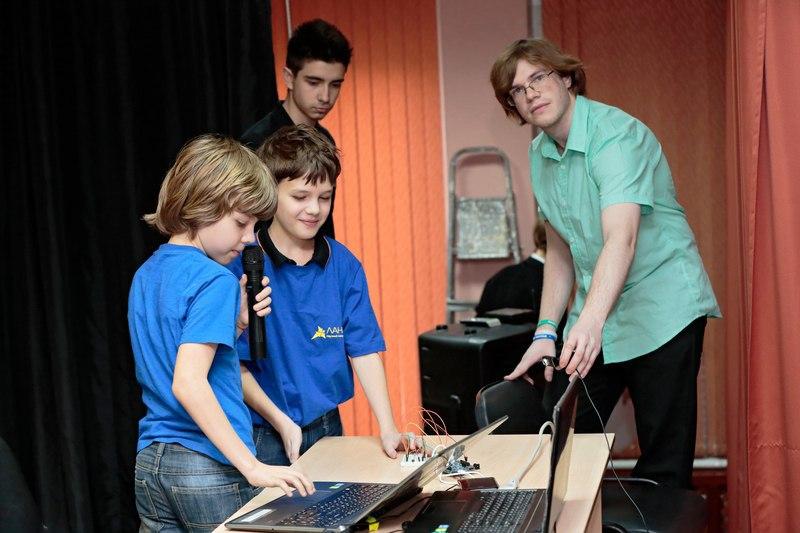 Intel Edison. Как учить детей программировать - 4