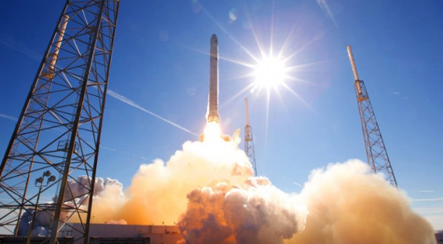 Видео запуска Falcon 9 в 4K от SpaceX - 1